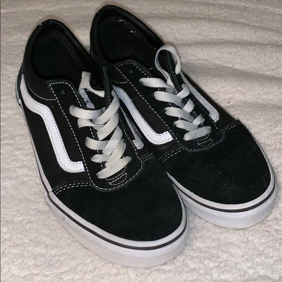 0a037be842d0 Big Boys size 5y black Vans. M 5c5c632604e33db1b78508eb